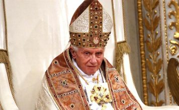 Đức Giáo Hoàng Bênêđictô